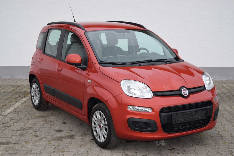fiat new panda lounge 1 2 8v 51kw 69ps gebrauchtwagen kleinwagen. Black Bedroom Furniture Sets. Home Design Ideas